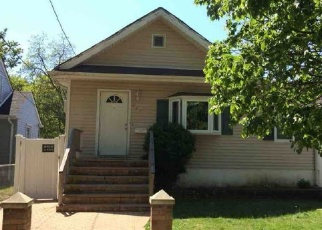 Foreclosed Home in N COLUMBUS AVE, Freeport, NY - 11520