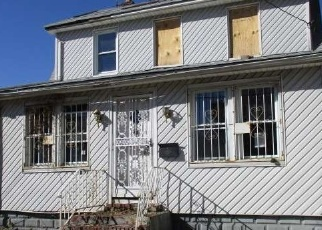Foreclosed Home en 241ST ST, Rosedale, NY - 11422