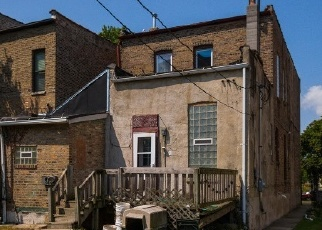 Foreclosed Home en S WABASH AVE, Chicago, IL - 60653