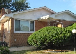 Foreclosed Home en W 110TH ST, Chicago, IL - 60643