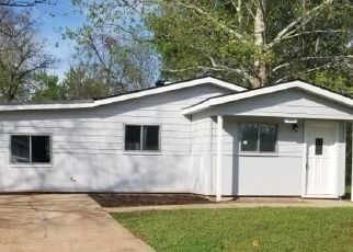 Foreclosed Home in VOSS DR, Bossier City, LA - 71111