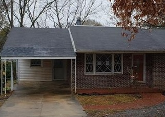 Foreclosed Home in S 13TH AVE, Lanett, AL - 36863