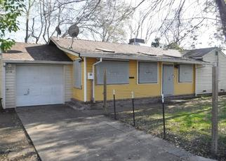 Foreclosed Home en HOWE AVE, Sacramento, CA - 95821