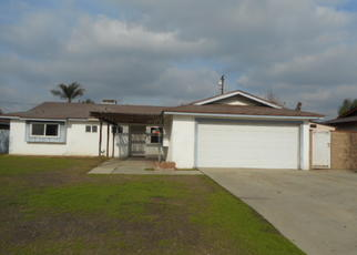 Foreclosed Home en 6TH AVE, Delano, CA - 93215