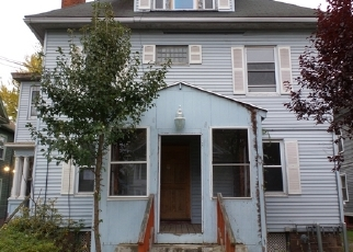 Foreclosed Home en BURTON ST, Hartford, CT - 06112
