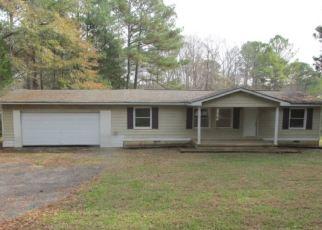 Foreclosed Home en ETCHISON RD, Loganville, GA - 30052