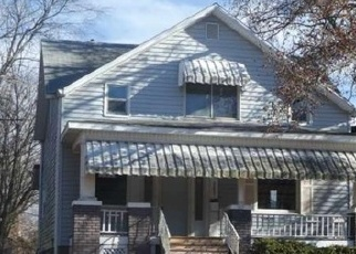 Foreclosed Home en N 9TH ST, Springfield, IL - 62702