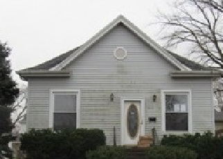 Foreclosed Home in W MOULTON ST, Pontiac, IL - 61764