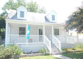 Foreclosed Home en 3RD ST, Brooklyn, MD - 21225