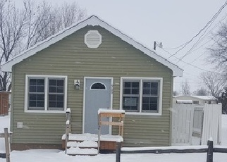 Foreclosed Home in 38TH ST SE, Minot, ND - 58701