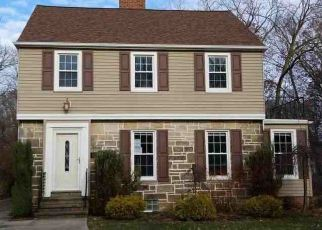 Foreclosed Home en WASHINGTON BLVD, Cleveland, OH - 44118