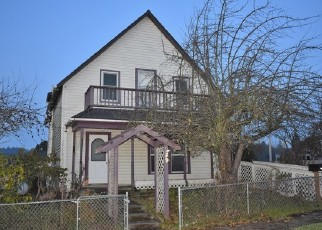 Foreclosed Home in CEDAR ST, Myrtle Point, OR - 97458