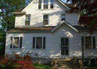Foreclosed Home in CEDAR AVE, Lansdowne, PA - 19050