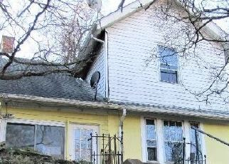 Foreclosed Home en N 6TH ST, Clairton, PA - 15025