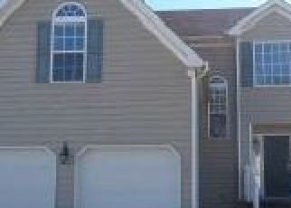 Foreclosed Home en LAKESIDE DR, Hayes, VA - 23072