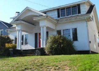 Foreclosed Home in STANTON AVE, North Bend, OR - 97459