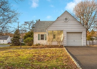 Foreclosed Home in MOUNTAINVIEW DR, Plainfield, NJ - 07063