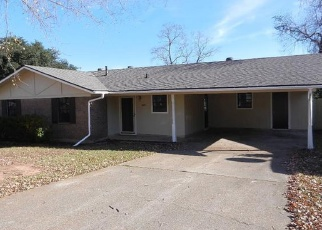 Foreclosed Home in SHADY LN, Shreveport, LA - 71118