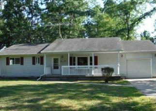 Foreclosed Home in CLARISSA LN, Houghton Lake, MI - 48629