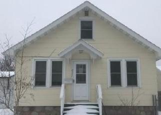 Foreclosed Home en 2ND AVE W, Hibbing, MN - 55746