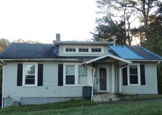 Foreclosed Home in S WATAUGA AVE, Elizabethton, TN - 37643