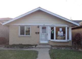 Foreclosed Home en NEENAH AVE, Burbank, IL - 60459