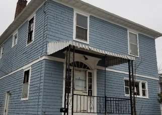 Foreclosed Home in WEST AVE, Pawtucket, RI - 02860