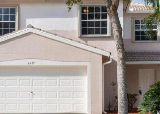 Foreclosed Home en COUNTRY WINDS CV, Lake Worth, FL - 33463