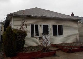 Foreclosed Home en LEHIGH AVE, Palmerton, PA - 18071