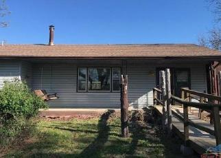 Foreclosed Home en COUNTY ROAD 186, Weaubleau, MO - 65774