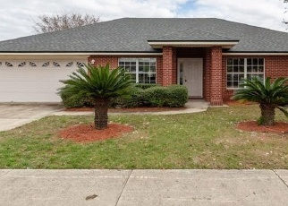 Foreclosed Home en PLANTATION CLUB DR, Jacksonville, FL - 32244