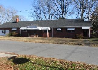 Foreclosed Home in OLIVER AVE, Chesapeake, VA - 23324
