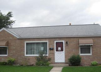 Foreclosed Home in WOODMONT ST, Roseville, MI - 48066
