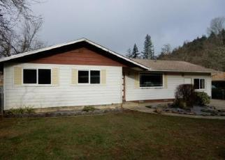 Foreclosed Home in HAMLIN DR, Canyonville, OR - 97417