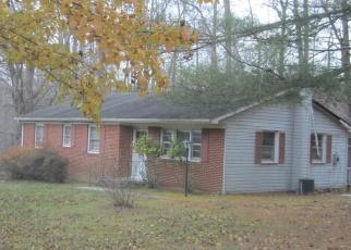 Foreclosed Home en BRANDYWINE RD, Hughesville, MD - 20637
