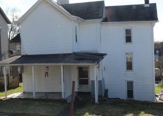 Foreclosed Home en GEORGE ST, Greensburg, PA - 15601