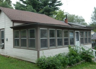 Foreclosed Home in WALNUT ST, West Plains, MO - 65775