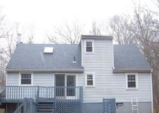 Foreclosed Home en N POND RD, Amston, CT - 06231