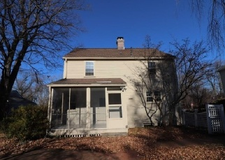 Foreclosed Home in BUENA VISTA RD, West Hartford, CT - 06107