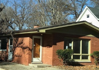 Foreclosed Home in PINE ST, Alton, IL - 62002