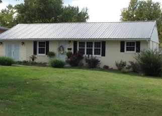 Foreclosed Home in CARDINAL LN, Princeton, KY - 42445