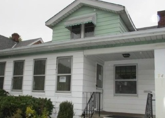 Foreclosed Home en MANHATTAN AVE, Cleveland, OH - 44129
