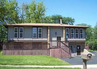Foreclosure Home in Bolingbrook, IL, 60440,  E ROBINHOOD WAY ID: F4340373