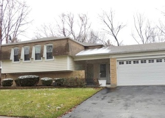 Foreclosed Home in FOREST WAY, Bolingbrook, IL - 60440