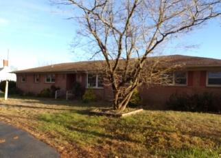 Casa en ejecución hipotecaria in Isle Of Wight Condado, VA ID: F4340427