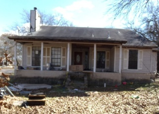 Foreclosure Home in Elmendorf, TX, 78112,  PRIEST RD ID: F4340457