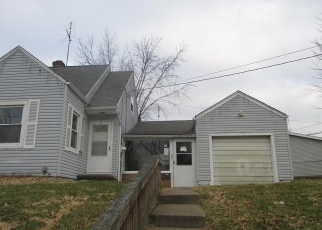 Foreclosed Home en E CATAWBA AVE, Akron, OH - 44301
