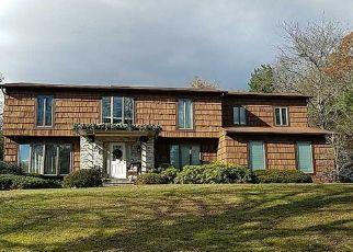 Foreclosed Home in CALUMET CT, Huntington Station, NY - 11746