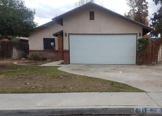 Foreclosed Home in CASTLEFORD ST, Bakersfield, CA - 93313