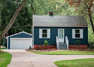 Foreclosed Home en ROYALWOOD RD, North Royalton, OH - 44133